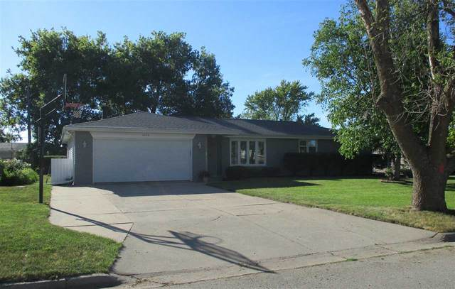 2230 Barberry Lane, Green Bay, WI 54304 (#50242446) :: Todd Wiese Homeselling System, Inc.
