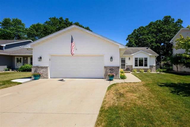 1270 Fairfax Street, Oshkosh, WI 54904 (#50242457) :: Carolyn Stark Real Estate Team