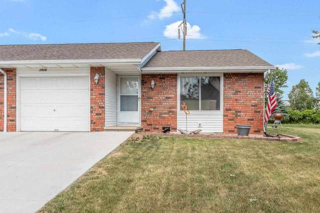 1926 Terry Lane, De Pere, WI 54115 (#50242471) :: Todd Wiese Homeselling System, Inc.