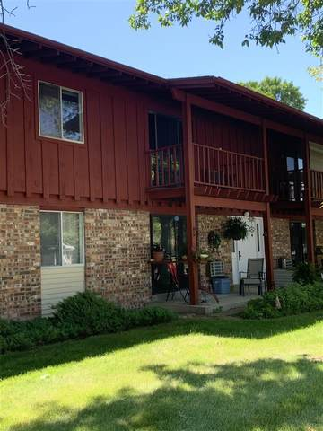3180 Justin Court #7, Appleton, WI 54914 (#50242507) :: Todd Wiese Homeselling System, Inc.
