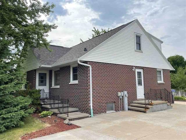 W2305 Block Road, Appleton, WI 54915 (#50242550) :: Todd Wiese Homeselling System, Inc.