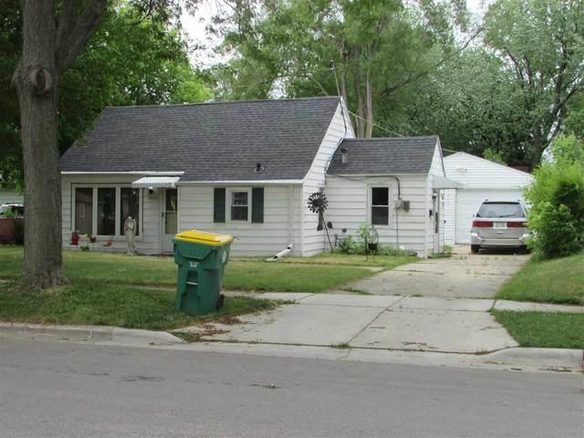 1900 Farlin Avenue, Green Bay, WI 54302 (#50242561) :: Todd Wiese Homeselling System, Inc.