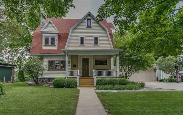 108 N Green Bay Road, Appleton, WI 54911 (#50242589) :: Todd Wiese Homeselling System, Inc.