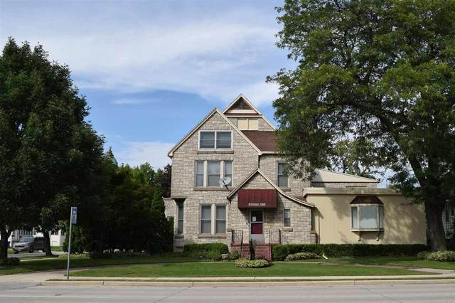 53 E Johnson Street, Fond Du Lac, WI 54935 (#50242635) :: Todd Wiese Homeselling System, Inc.