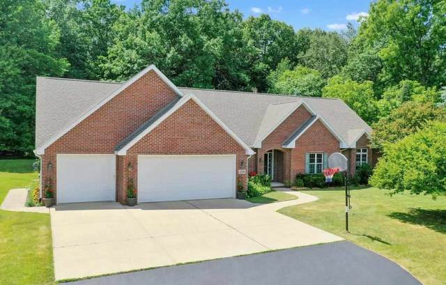 4581 Hillcrest Drive, Oneida, WI 54155 (#50242671) :: Todd Wiese Homeselling System, Inc.