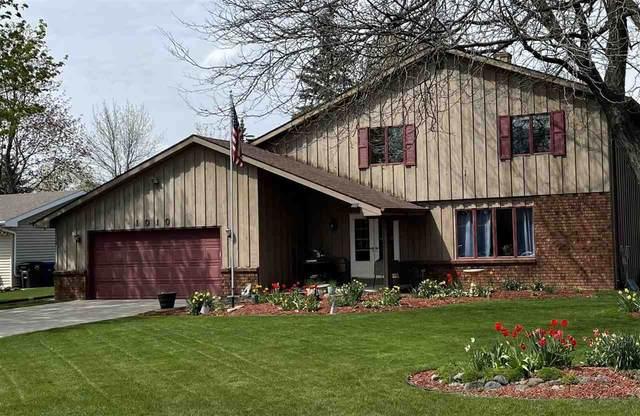 1010 Westfield Lane, Neenah, WI 54956 (#50242672) :: Todd Wiese Homeselling System, Inc.