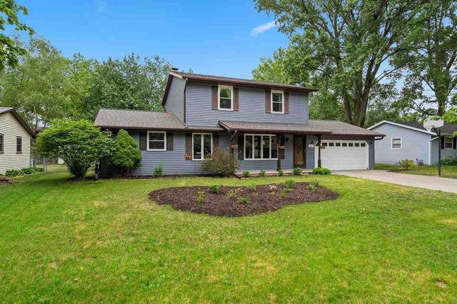 1330 Sand Hill Drive, Green Bay, WI 54313 (#50242704) :: Todd Wiese Homeselling System, Inc.