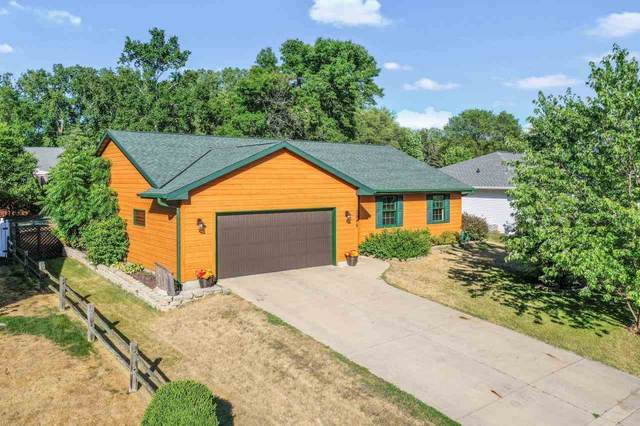 3946 Agamaite Road, Green Bay, WI 54311 (#50242743) :: Todd Wiese Homeselling System, Inc.