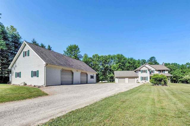 N4805 Green Valley Road, Krakow, WI 54137 (#50242760) :: Dallaire Realty