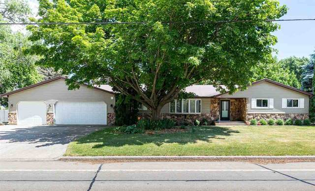 1330 S Park Avenue, Neenah, WI 54956 (#50242770) :: Dallaire Realty