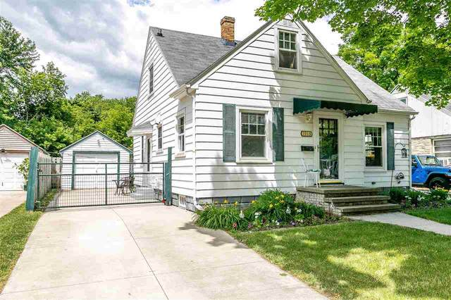 1913 N Division Street, Appleton, WI 54911 (#50242772) :: Dallaire Realty
