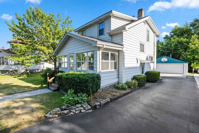 1494 Cedar Street, Green Bay, WI 54302 (#50242787) :: Carolyn Stark Real Estate Team