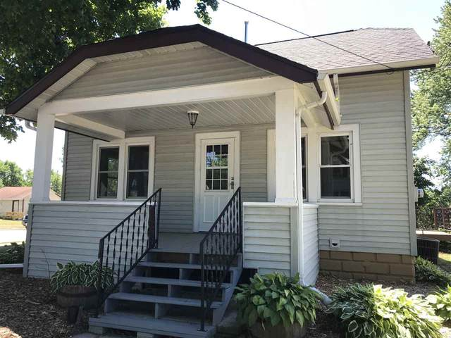 927 Park Avenue, Little Chute, WI 54140 (#50242843) :: Carolyn Stark Real Estate Team