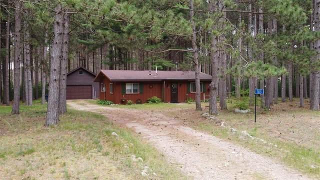 7615 Circle Drive, Waupaca, WI 54981 (#50242905) :: Todd Wiese Homeselling System, Inc.