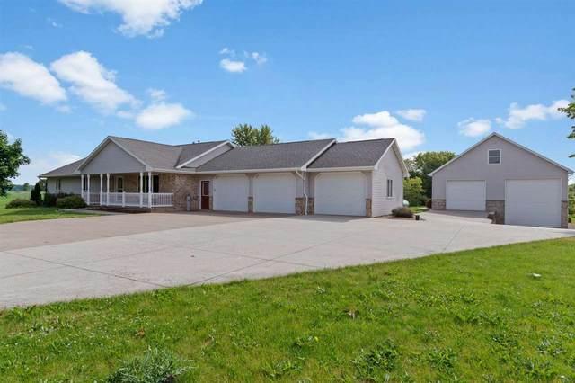 N2888 Mccabe Road, Kaukauna, WI 54130 (#50243063) :: Carolyn Stark Real Estate Team