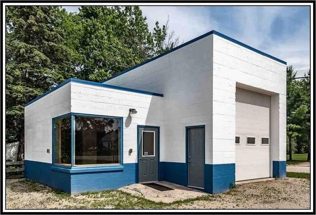 215 W Main Street, Weyauwega, WI 54983 (#50243189) :: Carolyn Stark Real Estate Team