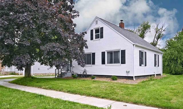 705 E Pearl Street, Seymour, WI 54165 (#50243218) :: Carolyn Stark Real Estate Team