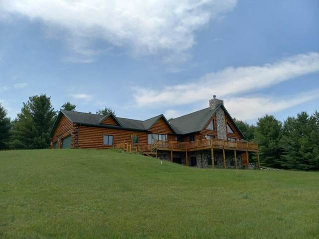 N5069 Oak View Drive, Shawano, WI 54166 (#50243277) :: Todd Wiese Homeselling System, Inc.