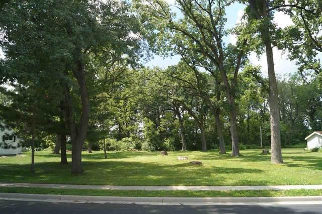 S Oakwood Boulevard, HUSTISFORD, WI 53034 (#50243287) :: Symes Realty, LLC