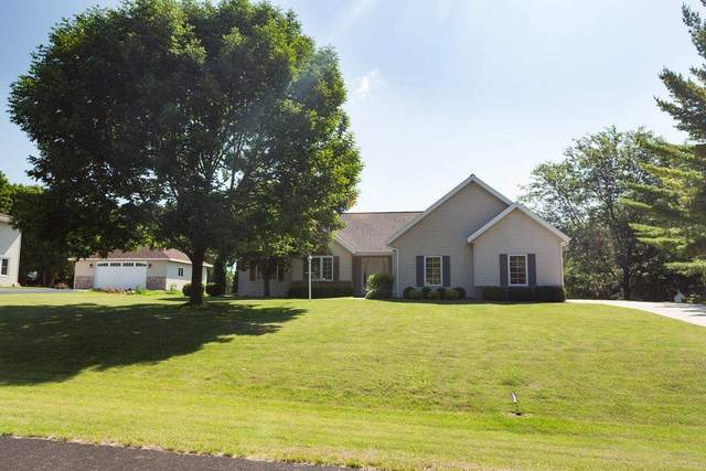 N6375 Reilly Drive, Fond Du Lac, WI 54937 (#50243347) :: Todd Wiese Homeselling System, Inc.