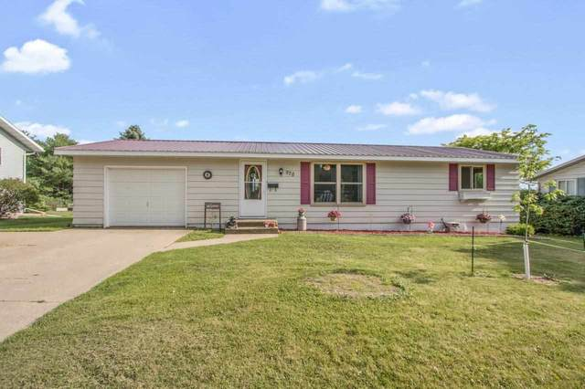 970 E Robin Lane, Shawano, WI 54166 (#50243481) :: Carolyn Stark Real Estate Team