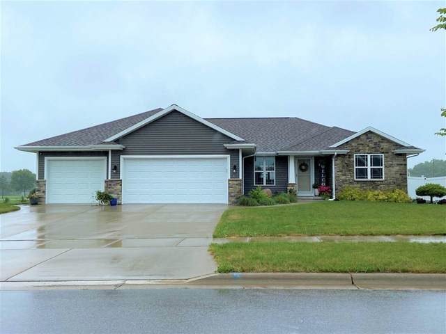 1641 Red Oak Street, Green Bay, WI 54313 (#50243726) :: Todd Wiese Homeselling System, Inc.