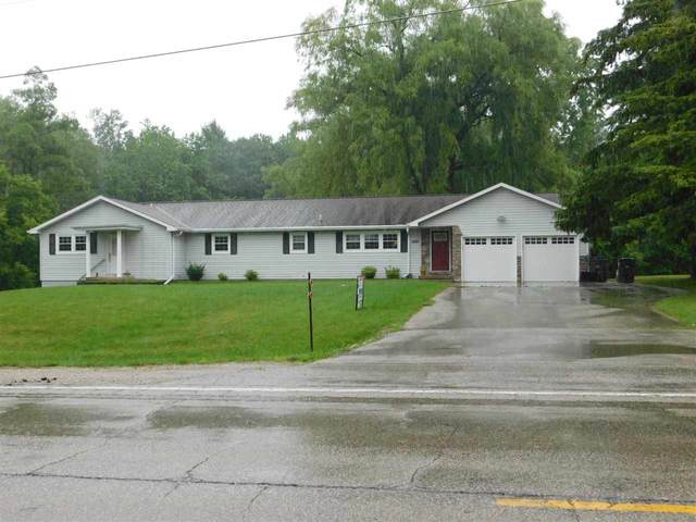 3220 S Pine Tree Road, Oneida, WI 54155 (#50243772) :: Ben Bartolazzi Real Estate Inc