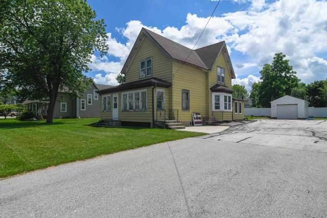 1572 Day Street, Greenleaf, WI 54126 (#50243937) :: Carolyn Stark Real Estate Team