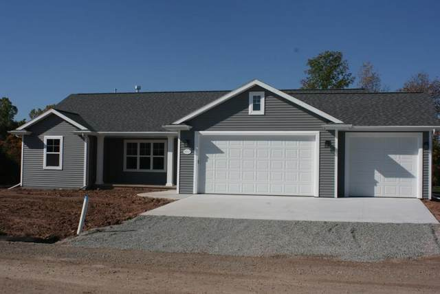 401 N Bartlett Street, Shawano, WI 54166 (#50244110) :: Carolyn Stark Real Estate Team