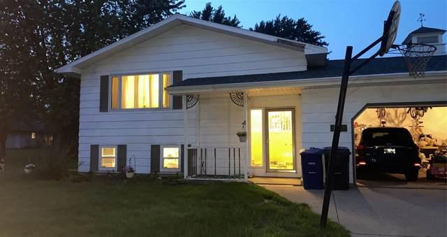 804 E Greenfield Drive, Little Chute, WI 54140 (#50244251) :: Carolyn Stark Real Estate Team