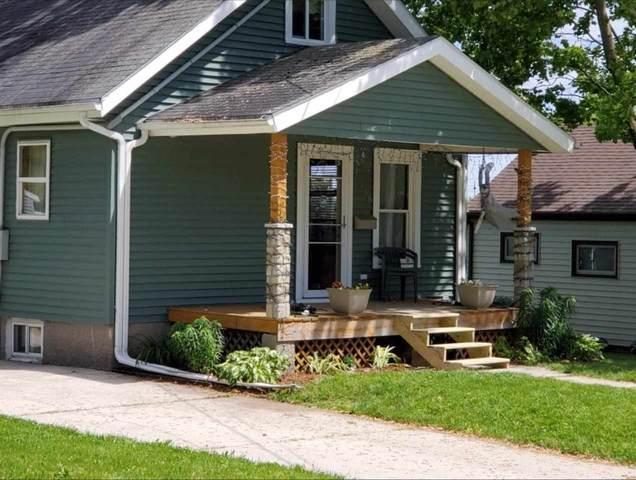 2318 Prospect Street, New Holstein, WI 53061 (#50244297) :: Carolyn Stark Real Estate Team