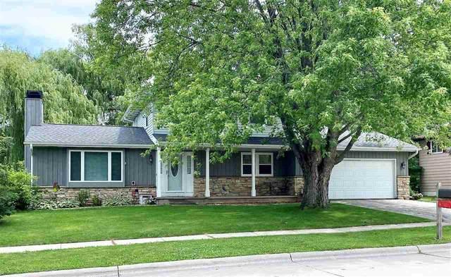 1049 Buttermilk Creek Drive, Fond Du Lac, WI 54935 (#50244298) :: Todd Wiese Homeselling System, Inc.