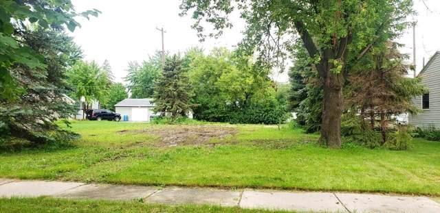 314 S Maple Street, Kimberly, WI 54136 (#50244306) :: Carolyn Stark Real Estate Team