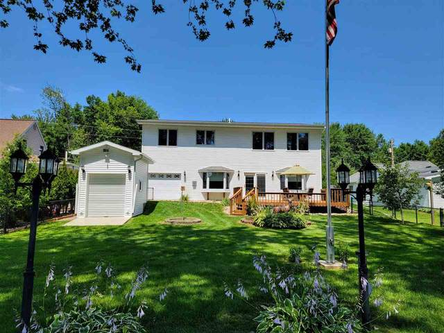 1116 W North Water Street, New London, WI 54961 (#50244346) :: Todd Wiese Homeselling System, Inc.