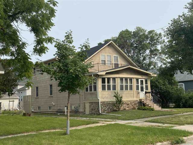 715 S Oakland Avenue, Green Bay, WI 54304 (#50244390) :: Symes Realty, LLC