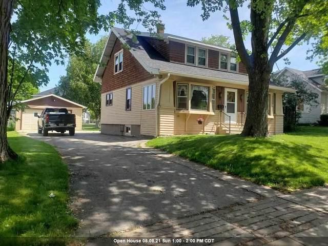 2318 Wisconsin Avenue, New Holstein, WI 53061 (#50244415) :: Carolyn Stark Real Estate Team