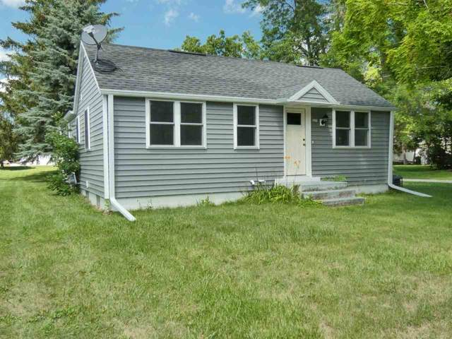 227 Front Street, Pulaski, WI 54162 (#50244461) :: Todd Wiese Homeselling System, Inc.