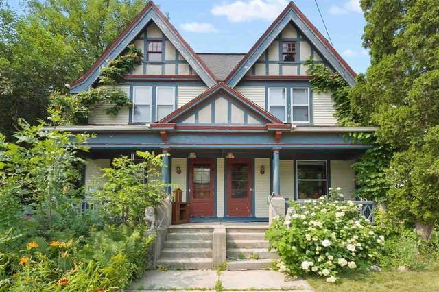 N54W6025 Portland Road, CEDARBURG, WI 53012 (#50244463) :: Todd Wiese Homeselling System, Inc.