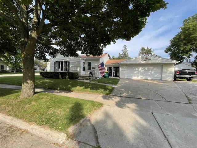918 N Platten Street, Green Bay, WI 54303 (#50244576) :: Symes Realty, LLC