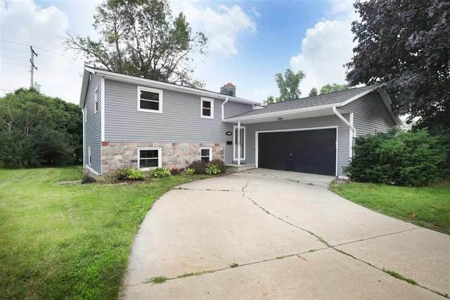 2708 N Brookdale Court, Appleton, WI 54911 (#50244588) :: Ben Bartolazzi Real Estate Inc