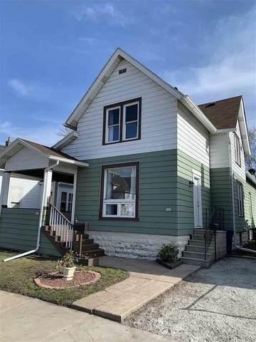 907 E Parkway Avenue, Oshkosh, WI 54901 (#50244595) :: Ben Bartolazzi Real Estate Inc