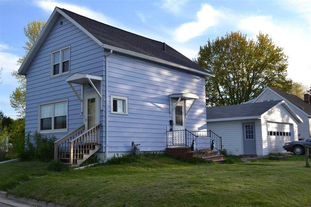 401 Flora Avenue, Algoma, WI 54201 (#50244614) :: Carolyn Stark Real Estate Team