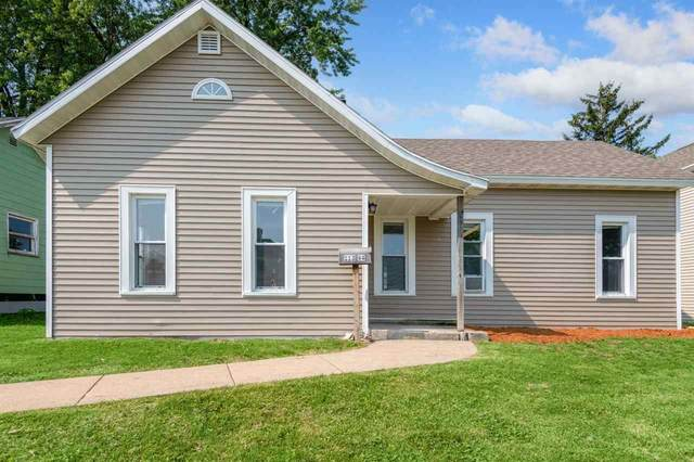 113 W 4TH Street, Kaukauna, WI 54130 (#50244620) :: Carolyn Stark Real Estate Team