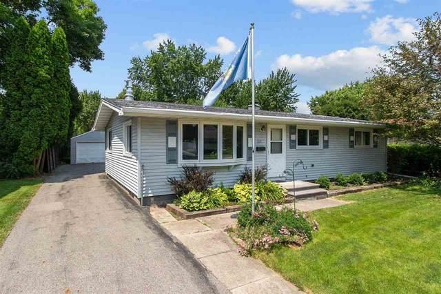 1031 Armory Place, Oshkosh, WI 54902 (#50244623) :: Ben Bartolazzi Real Estate Inc