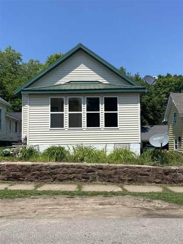 508 W Fleshiem Street, IRON MOUNTAIN, MI 49801 (#50244625) :: Town & Country Real Estate