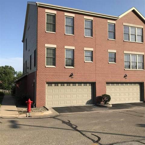 173 Marina Place, Menasha, WI 54952 (#50244627) :: Todd Wiese Homeselling System, Inc.