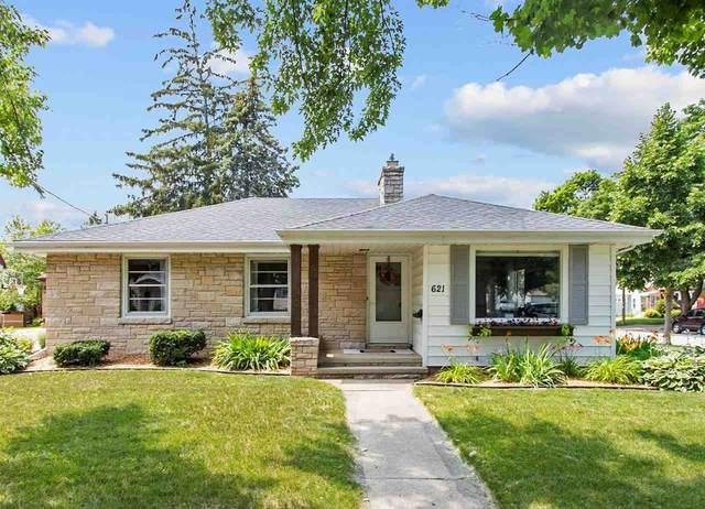 621 S Summit Street, Appleton, WI 54914 (#50244642) :: Ben Bartolazzi Real Estate Inc