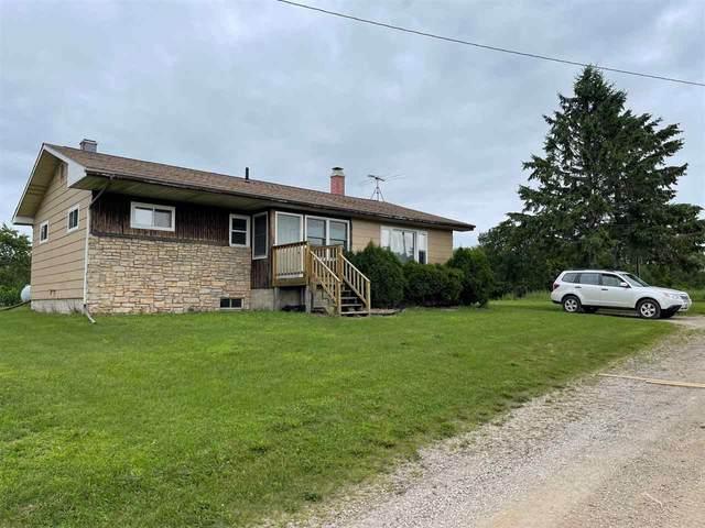 2986 Hwy 22, Oconto, WI 54153 (#50244664) :: Carolyn Stark Real Estate Team
