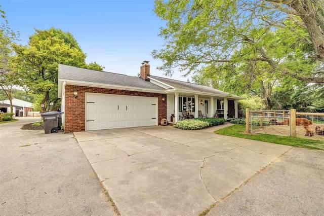4310 Hillcrest Drive, Oneida, WI 54155 (#50244682) :: Ben Bartolazzi Real Estate Inc