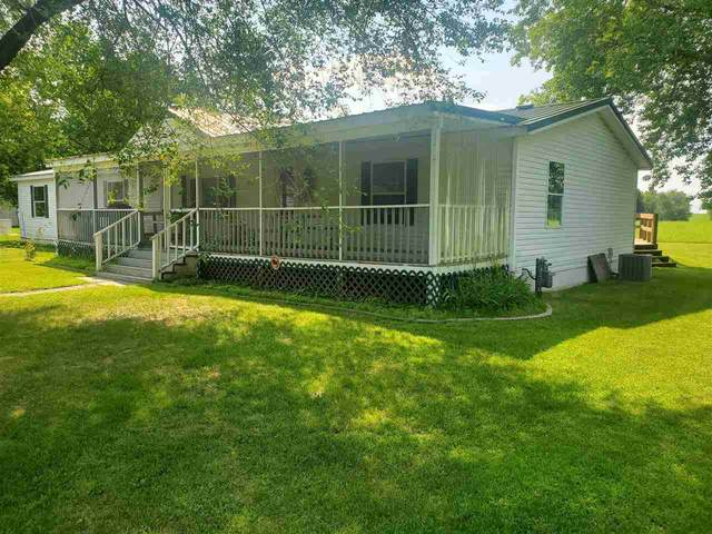 13190 Lakeview Court, Pound, WI 54161 (#50244692) :: Carolyn Stark Real Estate Team